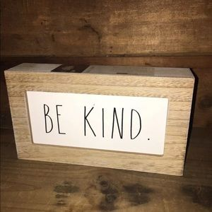 "🎉🎉 Rae Dunn ""BE KIND"" 9x5x2 Wood Frame Sign"